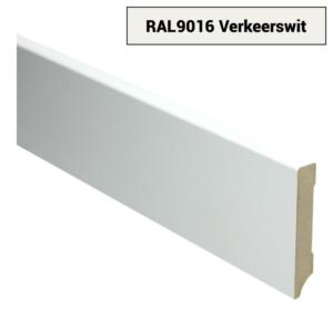 16003 MDF Moderne plint 90x15 voorgelakt RAL 9016
