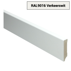 16004 MDF Moderne plint 70x15 voorgelakt RAL 9016
